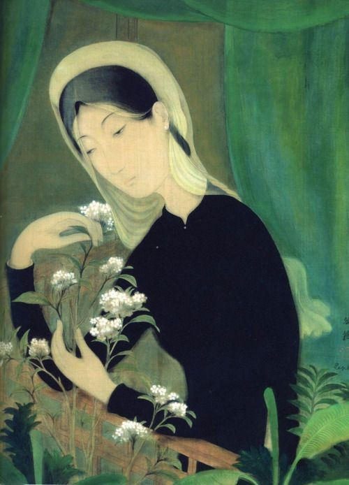On the left is Lê Phổ's Nostalgie painting depicting a woman in black áo dài and white sheer veil. She also dons a white headdress while embracing some white flowers. Her elbows rest on the wooden balcony rail. Her face is pale without any notable expression. Behind her is banana green curtains and sage colored screens.